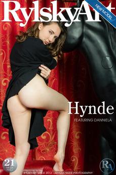 RylskyArt - Danniela - Hynde by Rylsky